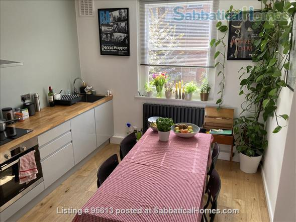 Spacious three bedroom & two studies flat in Islington,  North London -near parks, woods and excellent transport Home Rental in Greater London, England, United Kingdom 0