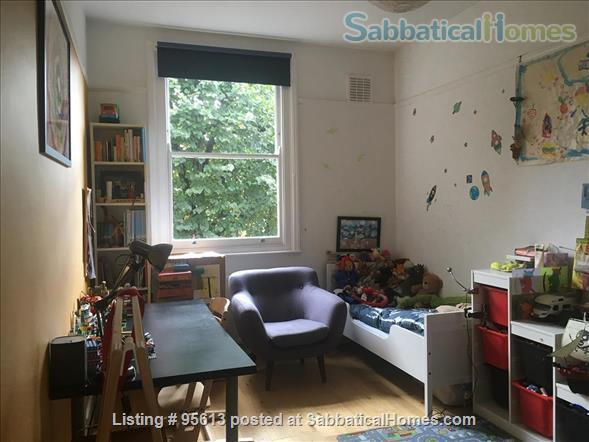 Spacious three bedroom & two studies flat in Islington,  North London -near parks, woods and excellent transport Home Rental in Greater London, England, United Kingdom 4