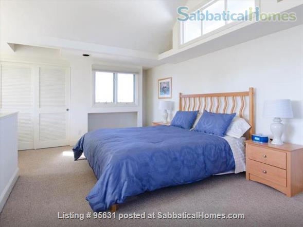 Light-filled furnished condo near Berkeley's 4th Street - great for couple or young family Home Rental in Berkeley, California, United States 3