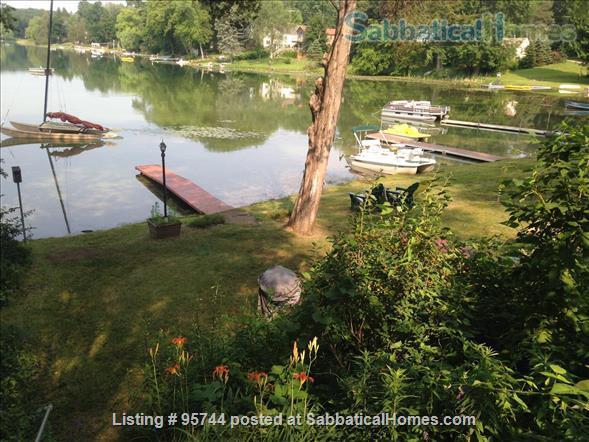 Lakefront Retreat: Pure Michigan, Proximity to Ann Arbor Home Rental in Pinckney, Michigan, United States 1