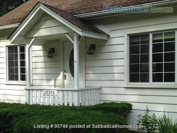 Lakefront Retreat: Pure Michigan, Proximity to Ann Arbor Home Rental in Pinckney, Michigan, United States 0