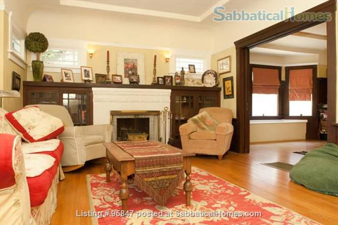 Craftsman Home Home Rental in Oakland, California, United States 6