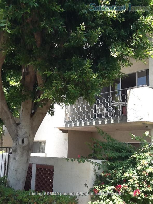 2 br and bath condo Home Rental in Pasadena, California, United States 2