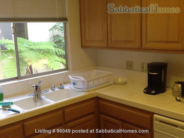 2 br and bath condo Home Rental in Pasadena, California, United States 5