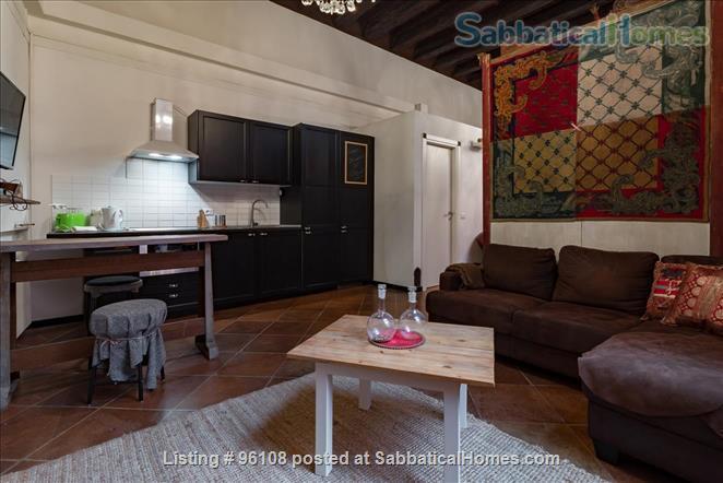 Medieval 160m, 2 bedroom Palazzo apartment in Via Castiglione, Central Bologna. Rated 9.3 / 10 Home Rental in Bologna, Emilia-Romagna, Italy 0