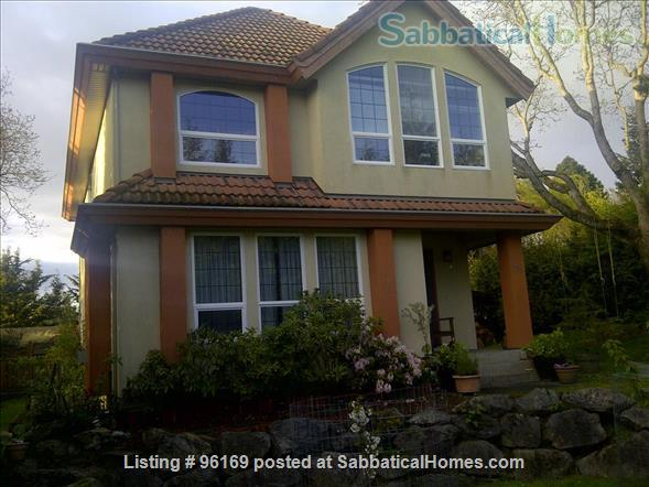 Victoria- Central Saanich , Vancouver Island -  whole house  close to Butchard Gardens Home Rental in Brentwood Bay, British Columbia, Canada 1