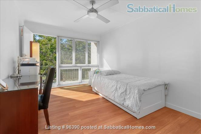 Parkside Apartment Walk  or Bus To  UQ  in Minutes Home Rental in Indooroopilly, Queensland, Australia 9