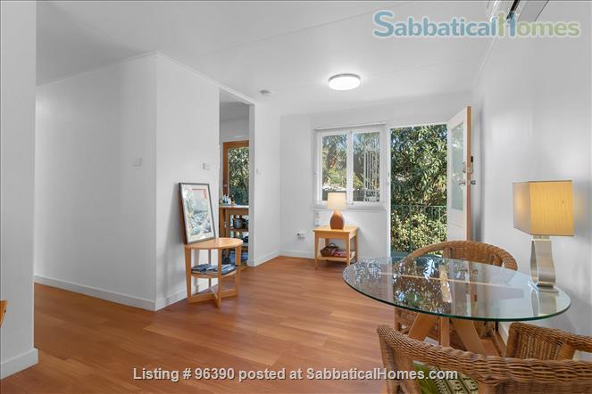 Parkside Apartment Walk  or Bus To  UQ  in Minutes Home Rental in Indooroopilly, Queensland, Australia 0