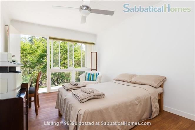 Parkside Apartment Walk  or Bus To  UQ  in Minutes Home Rental in Indooroopilly, Queensland, Australia 2
