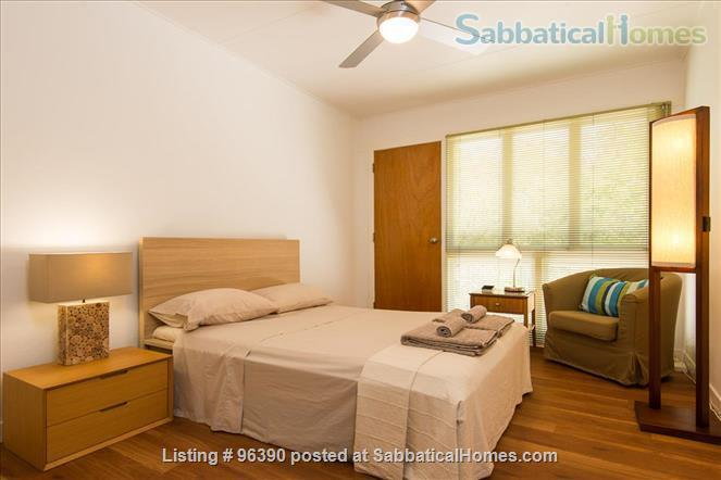 Parkside Apartment Walk  or Bus To  UQ  in Minutes Home Rental in Indooroopilly, Queensland, Australia 6
