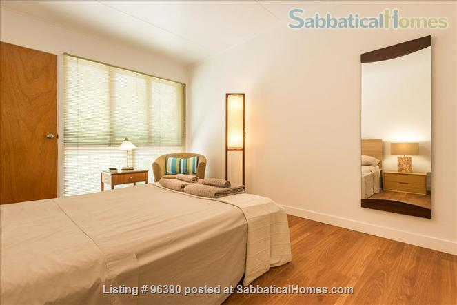 Parkside Apartment Walk  or Bus To  UQ  in Minutes Home Rental in Indooroopilly, Queensland, Australia 7
