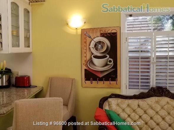Secluded & Private Cottage - Own Entrance - Work/Study from Home - 12 min walk to Berkeley Campus  Home Rental in Berkeley, California, United States 4