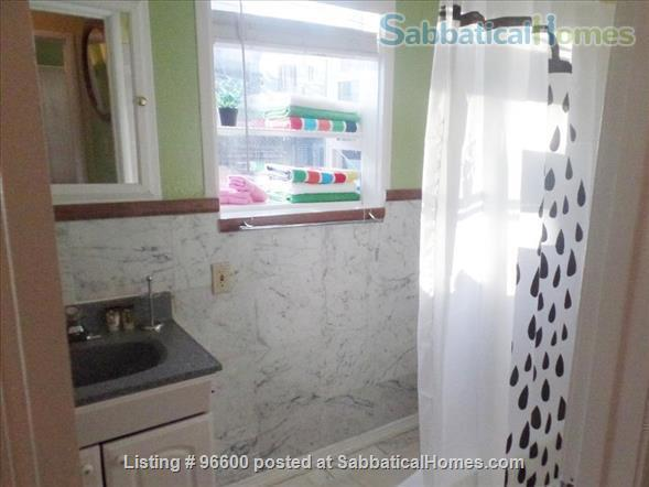 Secluded & Private Cottage - Own Entrance - Work/Study from Home - 12 min walk to Berkeley Campus  Home Rental in Berkeley, California, United States 7