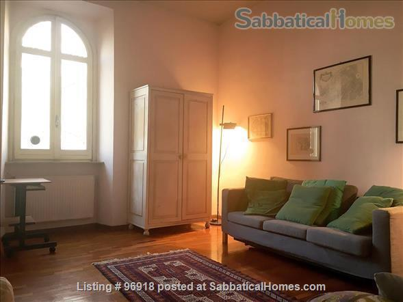 ***** Strategically located, bright, and comfortable apartment in the Center of Rome ***** Home Rental in Roma, Lazio, Italy 2