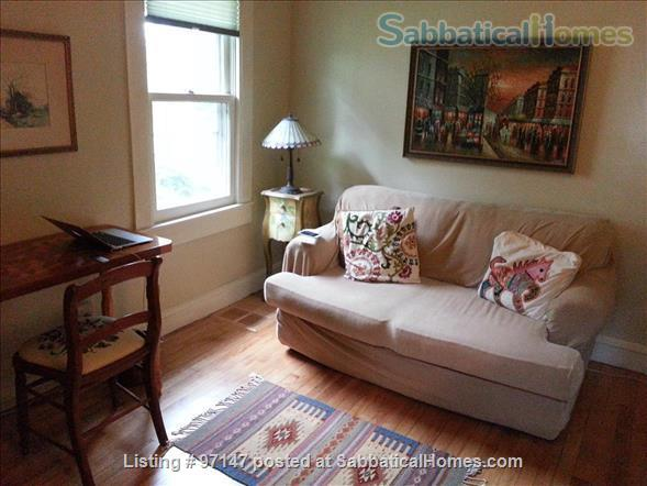 Charming 1920's Bungalow Home Rental in Minneapolis, Minnesota, United States 5