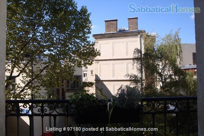 Spend a wonderful summer and fall in this Parisian delight! Home Rental in Paris, Île-de-France, France 8