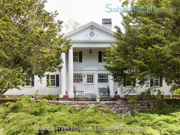 Park-like setting,  Home Office, 4BR/5BA,  nr train and rte 128 to Tufts, BU, MIT or Harvard.  Min. to Gordon, Endicott, Landmark Home Rental in Manchester-by-the-Sea, Massachusetts, United States 1