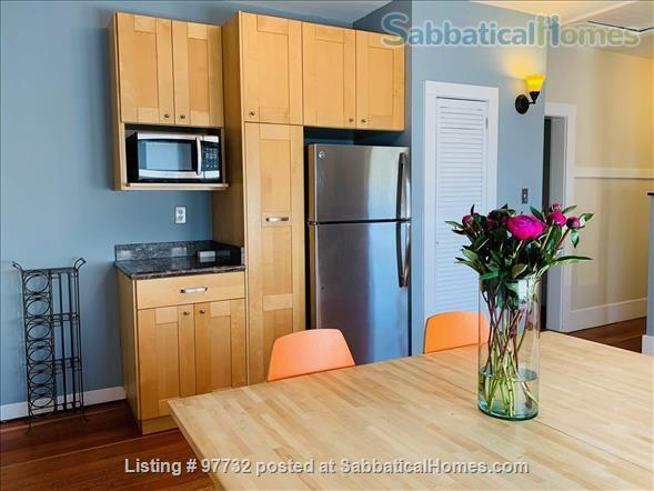Sunny, Furnished Flat (2 Bedrooms + Office) incl fast internet & utilities Home Rental in Berkeley, California, United States 3