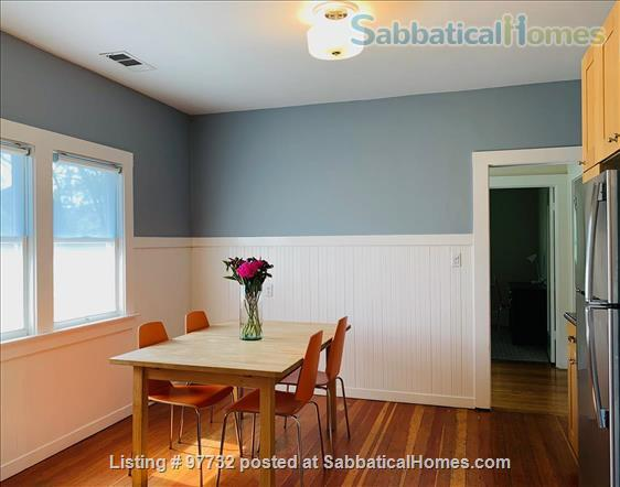 Sunny, Furnished Flat (2 Bedrooms + Office) incl fast internet & utilities Home Rental in Berkeley, California, United States 1