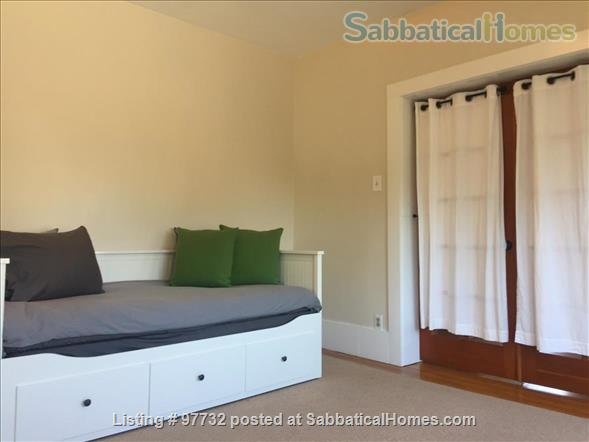 Sunny, Furnished Flat (2 Bedrooms + Office) incl fast internet & utilities Home Rental in Berkeley, California, United States 7