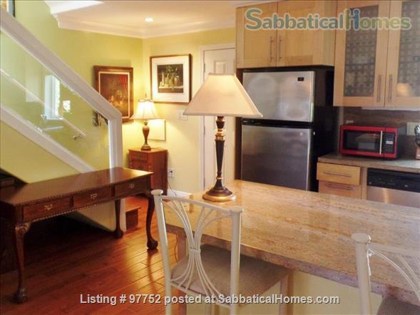 Beautiful Northside Mediterranean Townhome - 2 BR, 3 BA - Work/Study/Teach from Home! Home Rental in Berkeley, California, United States 5