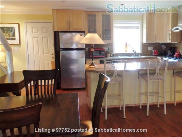 Beautiful Northside Mediterranean Townhome - 2 BR, 3 BA - Work/Study/Teach from Home! Home Rental in Berkeley, California, United States 6