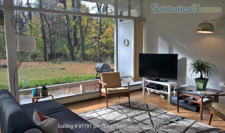 Midcentury Modern 3BR home -academic year rental Home Rental in Lexington, Massachusetts, United States 5