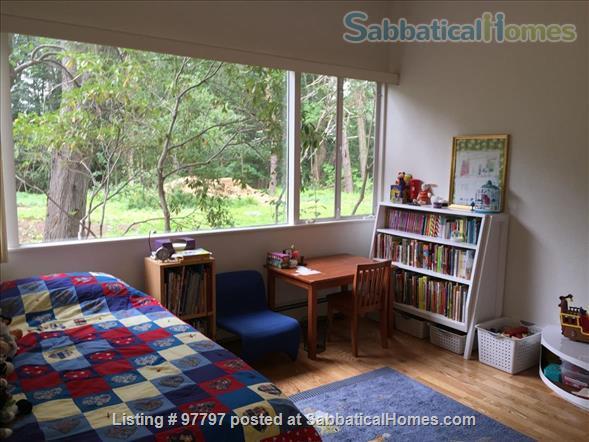 Midcentury Modern 3BR home -academic year rental Home Rental in Lexington, Massachusetts, United States 8