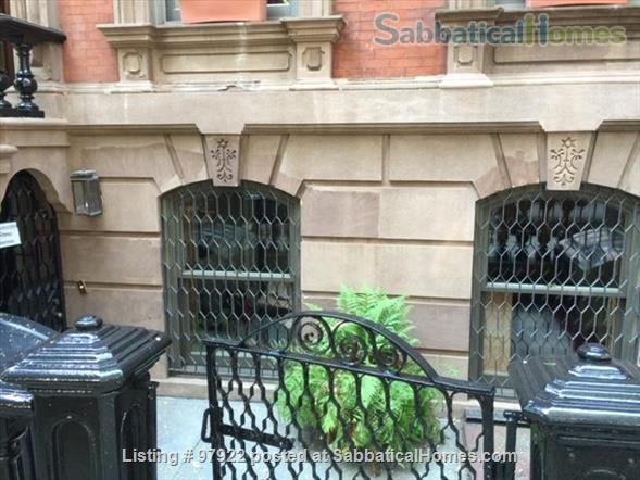 two bedroom garden apartment in Brooklyn Heights Home Rental in Brooklyn, New York, United States 0