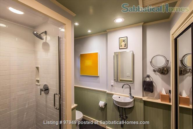 A Bird Song Cottage Luxurious Art and Garden Experince Home Rental in Santa Cruz, California, United States 9