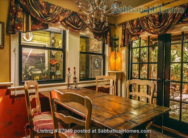 A Bird Song Cottage Luxurious Art and Garden Experince Home Rental in Santa Cruz, California, United States 2