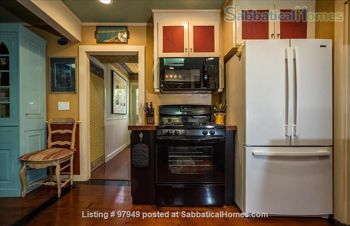 A Bird Song Cottage Luxurious Art and Garden Experince Home Rental in Santa Cruz, California, United States 3