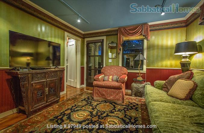A Bird Song Cottage Luxurious Art and Garden Experince Home Rental in Santa Cruz, California, United States 6