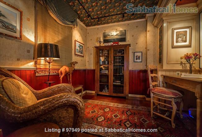 A Bird Song Cottage Luxurious Art and Garden Experince Home Rental in Santa Cruz, California, United States 7