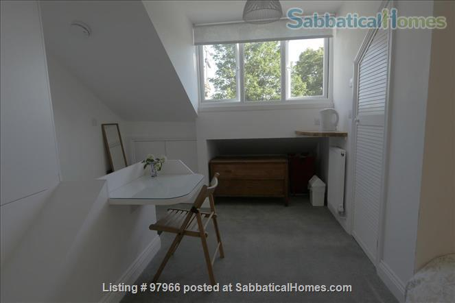 Sunny Attic Room with Ensuite in Newly Refurbished Flat Home Rental in Greater London, England, United Kingdom 2