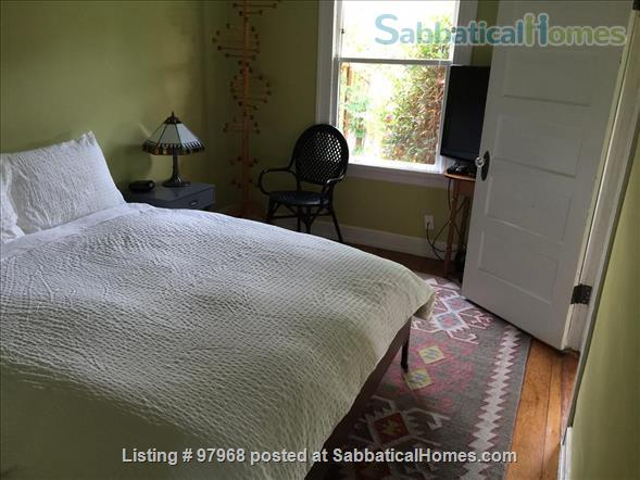 Cheery, tranquil, garden cottage in Berkeley, 7 minute walk to West edge of Campus Home Rental in Berkeley, California, United States 0