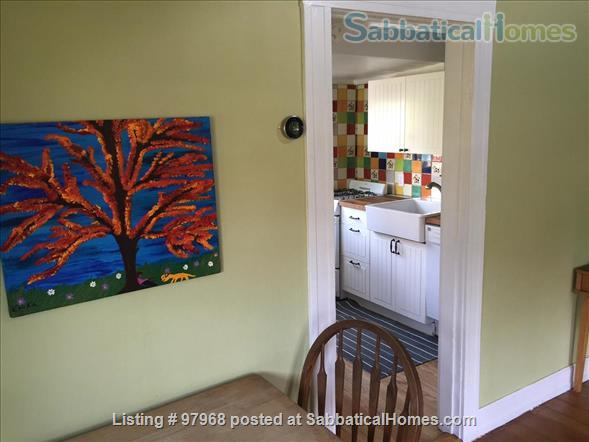 Cheery, tranquil, garden cottage in Berkeley, 7 minute walk to West edge of Campus Home Rental in Berkeley, California, United States 4