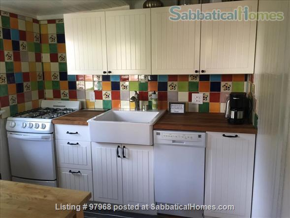 Cheery, tranquil, garden cottage in Berkeley, 7 minute walk to West edge of Campus Home Rental in Berkeley, California, United States 6