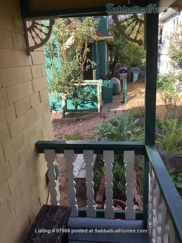 Cheery, tranquil, garden cottage in Berkeley, 7 minute walk to West edge of Campus Home Rental in Berkeley, California, United States 8