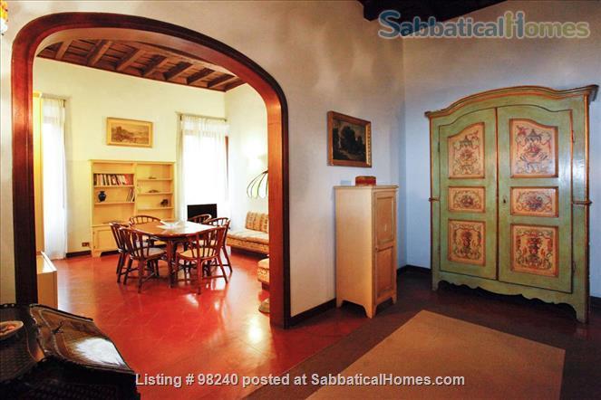 Charming 1 bedroom  near Piazza Navona & Vatican! Home Rental in Roma, Lazio, Italy 5