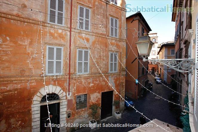 Charming 1 bedroom  near Piazza Navona & Vatican! Home Rental in Roma, Lazio, Italy 8