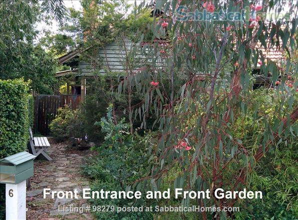 Charming 3 Bedroom Home in Melbourne's North - Easy Access to Universities and Surrounded by Parkland... City living doesn't get much better than this! Home Rental in Coburg, VIC, Australia 1