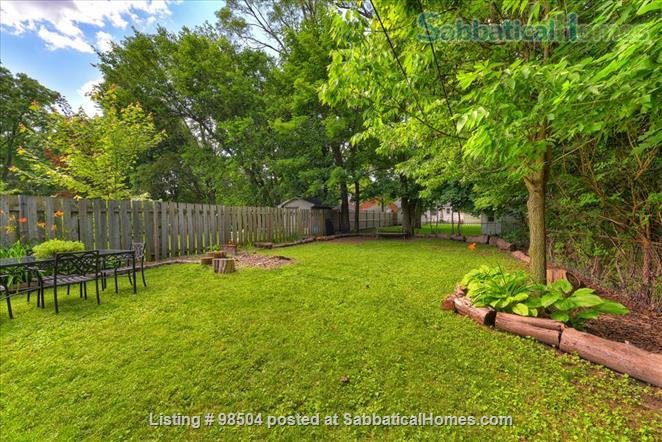 LONDON ONTARIO-TOTALLY RENOVATED- walk to campus and hospitals, main floor master with ensuite Home Rental in London, Ontario, Canada 9