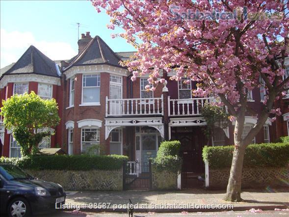 Ensuite room in lovely  Edwardian house, NW London Home Rental in Greater London, England, United Kingdom 0