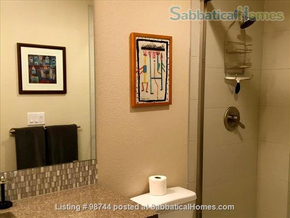 ALL NEW.  Gorgeous, fully-furnished 2-bedroom Condo in North Boulder Home Rental in Boulder, Colorado, United States 9