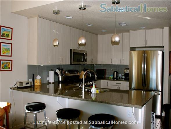 ALL NEW.  Gorgeous, fully-furnished 2-bedroom Condo in North Boulder Home Rental in Boulder, Colorado, United States 1