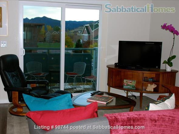 ALL NEW.  Gorgeous, fully-furnished 2-bedroom Condo in North Boulder Home Rental in Boulder, Colorado, United States 2