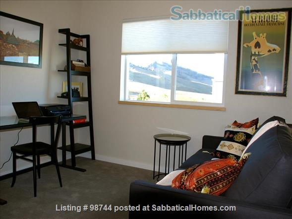 ALL NEW.  Gorgeous, fully-furnished 2-bedroom Condo in North Boulder Home Rental in Boulder, Colorado, United States 3