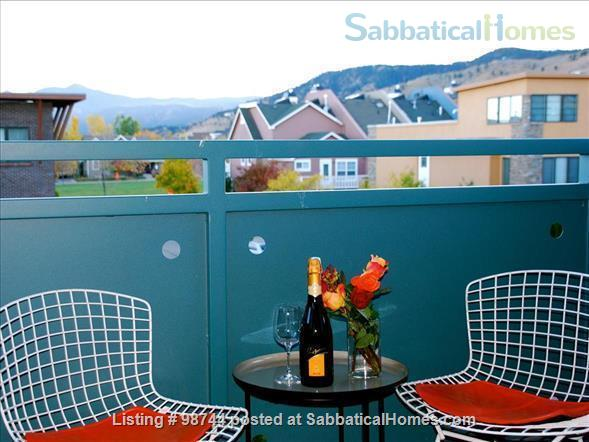 ALL NEW.  Gorgeous, fully-furnished 2-bedroom Condo in North Boulder Home Rental in Boulder, Colorado, United States 4