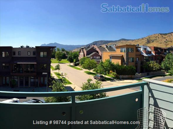ALL NEW.  Gorgeous, fully-furnished 2-bedroom Condo in North Boulder Home Rental in Boulder, Colorado, United States 5